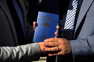 Registro Civil en la mira: Presentan recurso por prohibir matrimonio igualitario