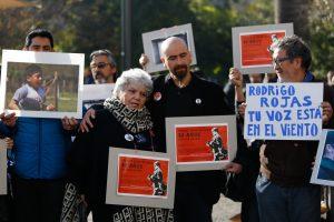 """Verónica de Negri a 30 años de muerte de Rodrigo Rojas: """"Los senadores de la NM que apoyan la impunidad me dan asco"""""""