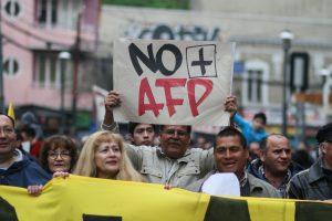 """Coordinadora No+AFP: """"Lo que se ha hecho con esta propuesta de reforma es dejar intacto el sistema"""""""