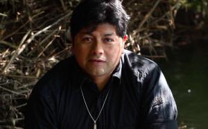 Denuncian violento allanamiento y agresión a su familia luego de video en que Sergio Catrilaf se declaró prófugo