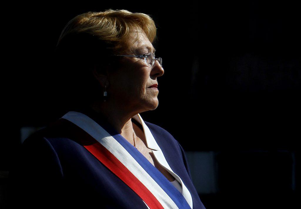 Los correos secretos detrás de la incumplida promesa de Bachelet sobre cerrar Punta Peuco