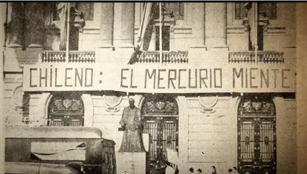 Cultura universitaria en México El-mercurio-miente