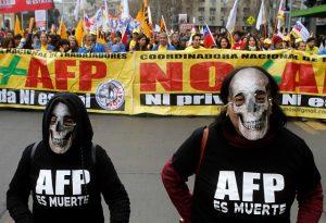 FOTOS| Así fue la masiva marcha #NoMásAFP en Santiago