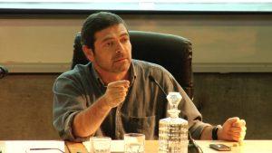 """Carlos Ruiz Encina dispara a un golpeado Frente Amplio: """"¿Qué hace (Jorge) Correa Sutil asesorándolos para buscar acuerdos?"""""""