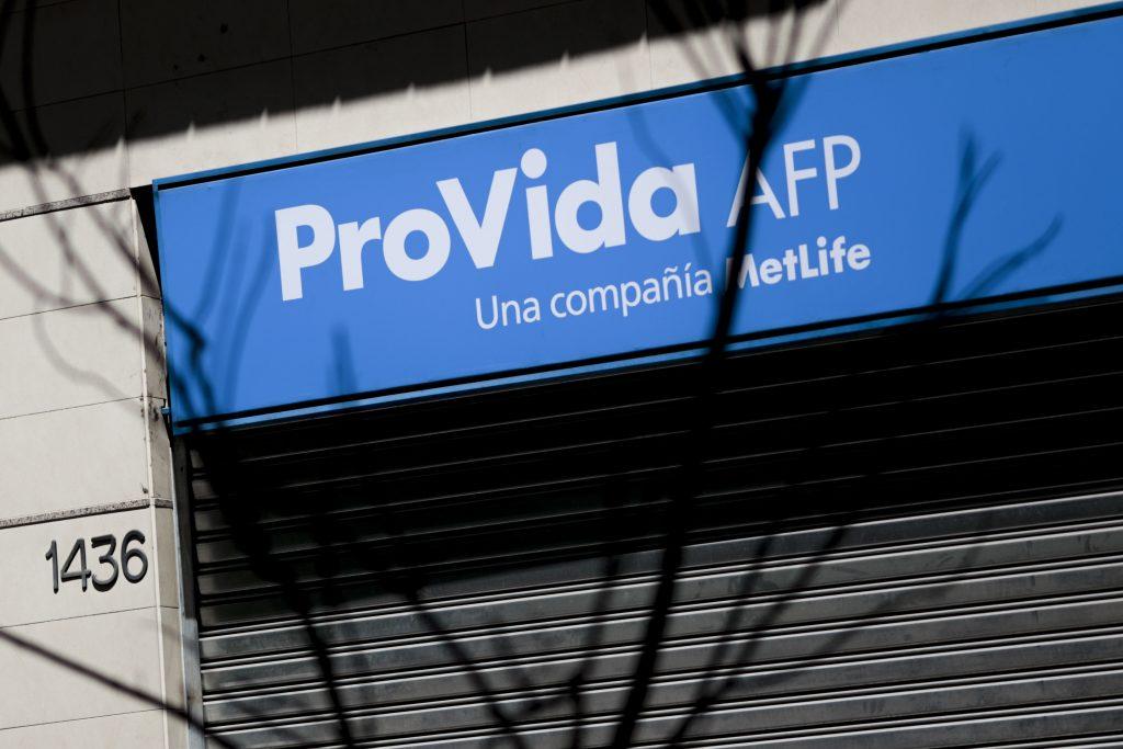 AFP Pro Vida habilitará este viernes sitio web para pedir bono de $200 mil