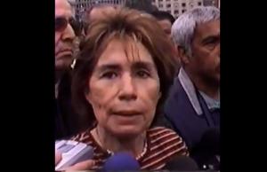 """VIDEO  """"No se soluciona con subasta, espectáculo ni mercado"""": El día que Gladys Marín destruyó a empresarios que sacan provecho de la Teletón"""