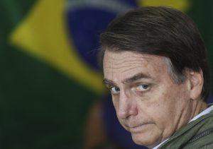 """La nueva amenaza de Bolsonaro: Destituirá a funcionarios que """"defiendan"""" ideas comunistas"""