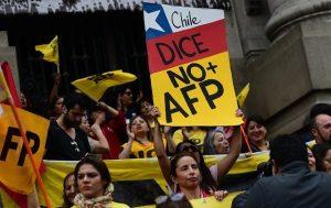 Gobierno retiró resistida indicación que buscaba restringir cambios en fondos de las AFP