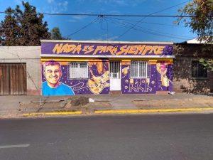 El homenaje de un fan: Artista pintó mural en la casa de infancia y juventud de Jorge González en San Miguel