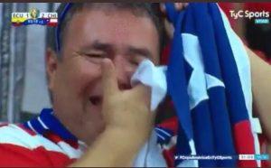 ¿Por qué llora el hincha chileno?