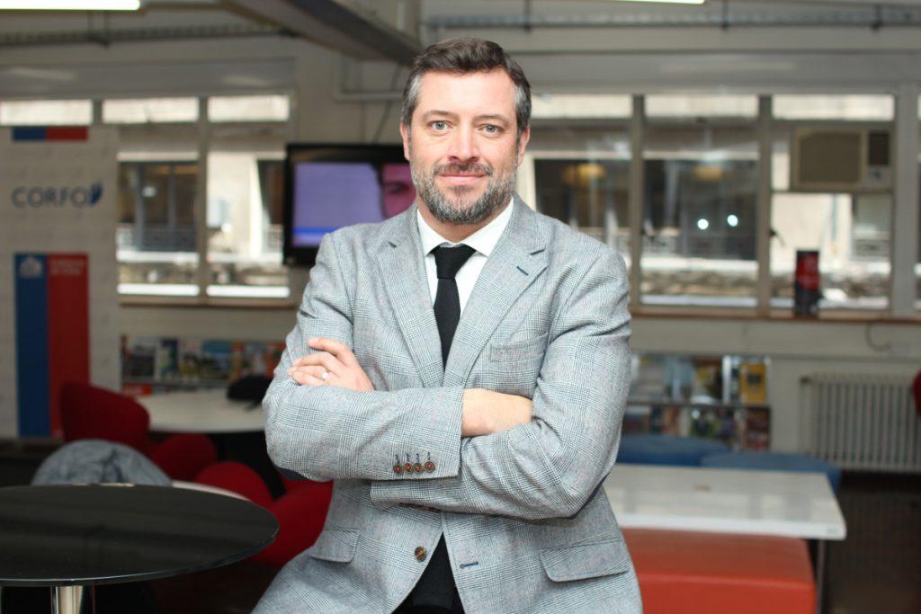 El camaleónico perfil del nuevo ministro de Desarrollo Social Sebastián  Sichel