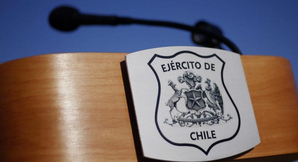 Colegio y escuelas de periodismo de la UAH y la U. de Chile rechazan «espionaje» del Ejército a reporteros