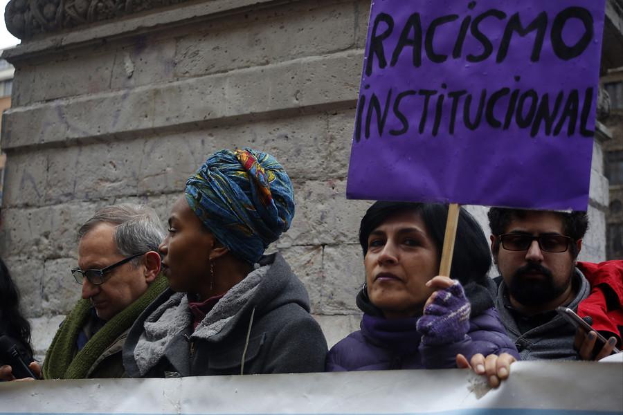 CEP: «La evidencia muestra que el mito que asocia a migrantes con delincuencia es falso»