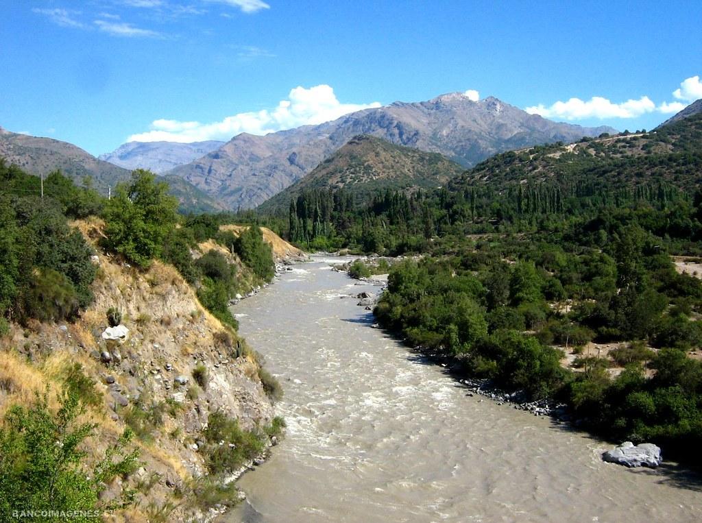 Río Maipo: el histórico abandono estatal al suministro de agua potable en Chile