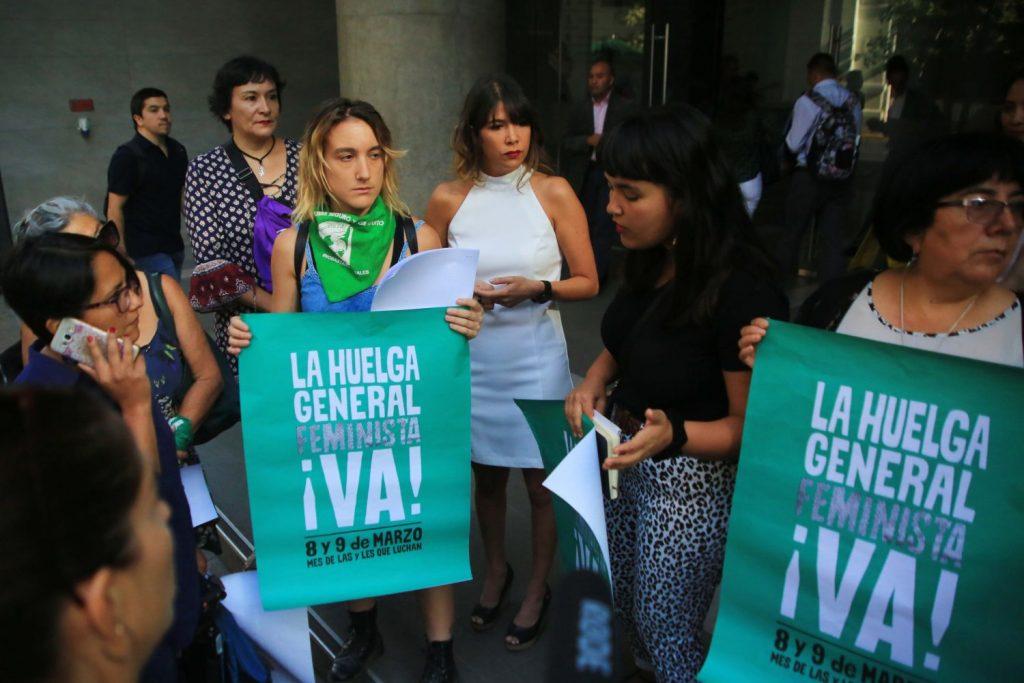 Trabajadoras convocan a huelga general feminista para el 8 de marzo