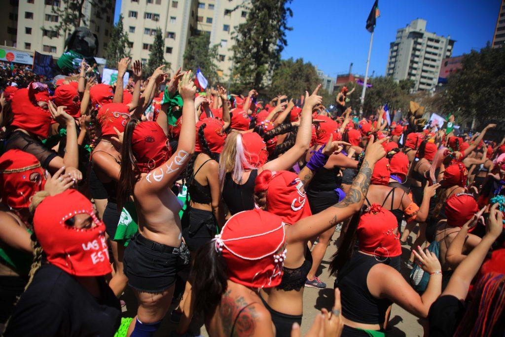 Nueva Constitución para mujeres y disidentes