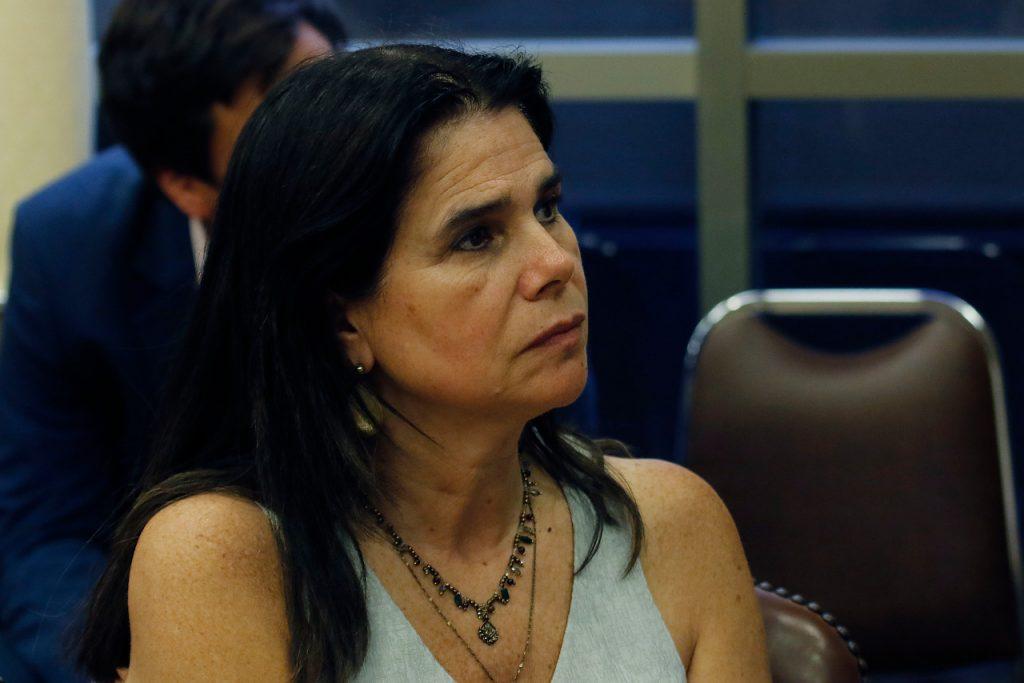 A semanas de la reformalización de su hermano Manuel José, Ximena Ossandón admite que contactó a un concejal a petición de su sobrino