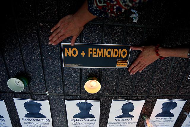 Convocan a una jornada de Protesta Feminista este lunes: Cacerolazos a las 20:00 horas