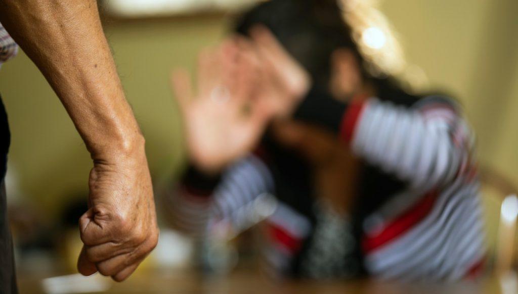 Encuesta: Un 81% de las mujeres que denunció violencia machista recibió malos tratos por parte de Carabineros