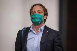 Fallida compra de ventiladores termina con la subsecretaría liderada por Arturo Zúñiga demandada por $6 mil millones