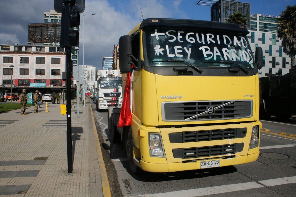 """""""No vamos a trasladar ni remedios, ni abarrotes"""": Gremio de camioneros extrema su ultimátum"""