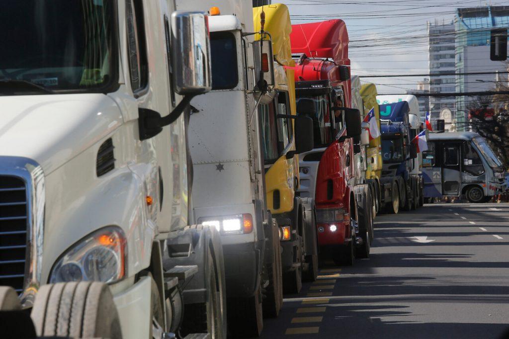 «No vamos a trabajar ni abastecer a la nación»: El duro ultimátum del gremio de camioneros al gobierno