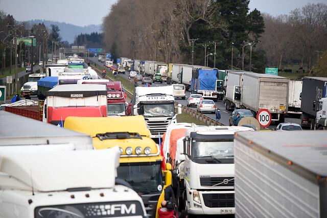 Presidente de Chile Transportes, gremio que no adhirió al paro de camioneros: «Están pensando en ideologías políticas personales en vez de en la ciudadanía»