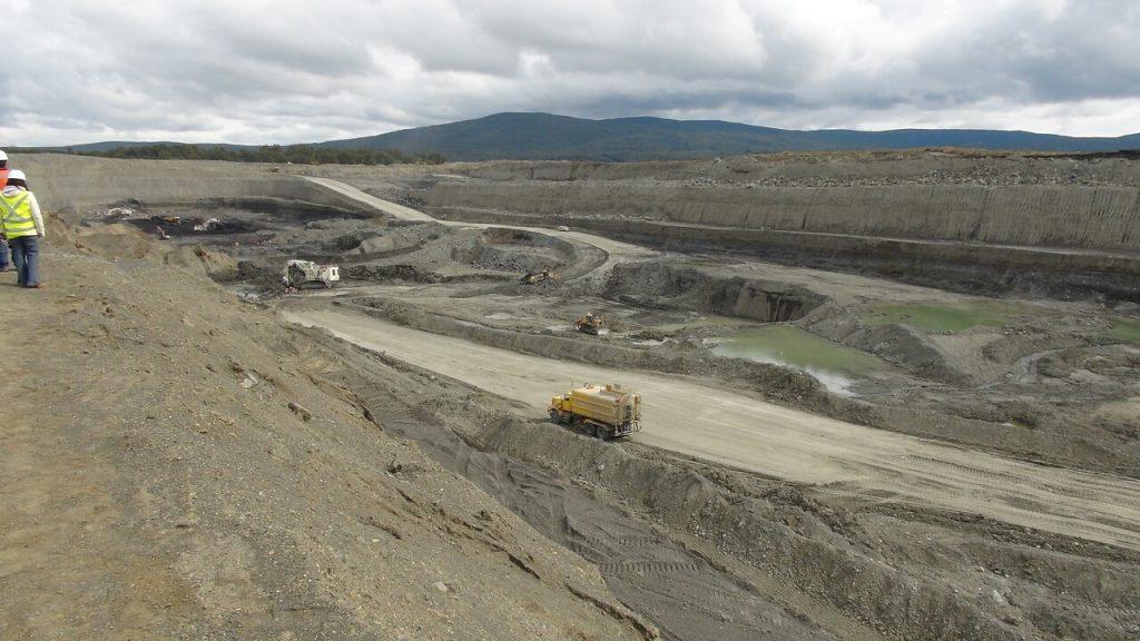 Mina Invierno: presentan nuevo informe sobre daño paleontológico no evaluado por el proyecto minero
