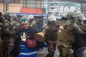 """Des-mapuchizar"" para militarizar"