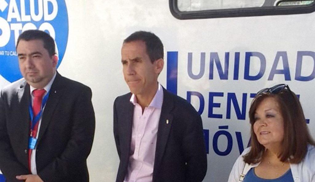 Las denuncias por acoso sexual y laboral contra el ex director de salud de Felipe Alessandri que hoy asesora al Servicio Metropolitano Norte