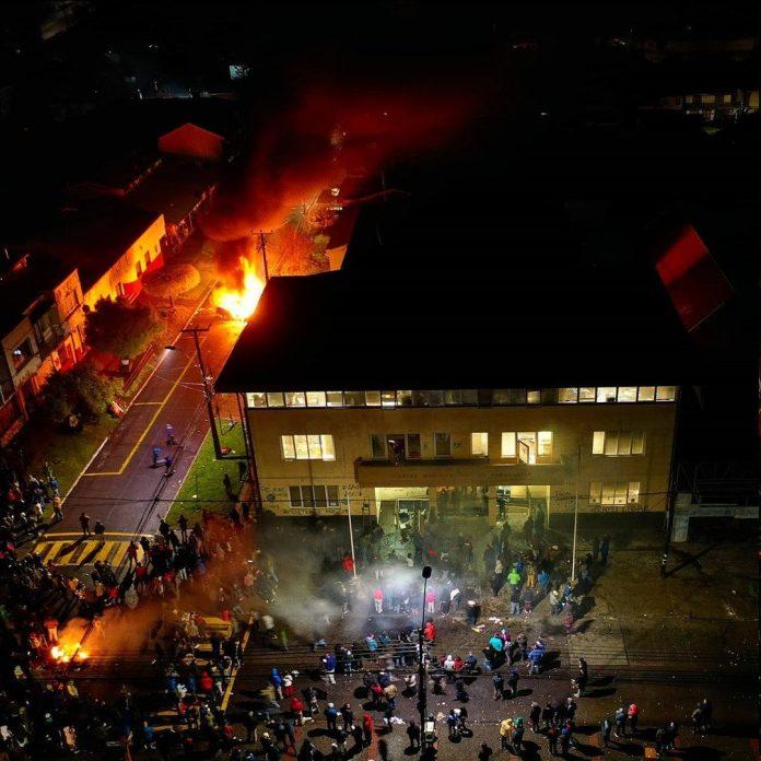Amnistía Internacional llamó a condenar violencia con connotación racista en La Araucanía