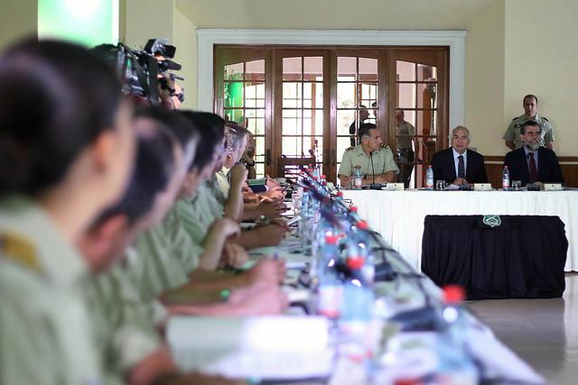Sumario de Contraloría a Carabineros: Circular firmada por Rozas establece «responsabilidad de los mandos» en uso de la fuerza