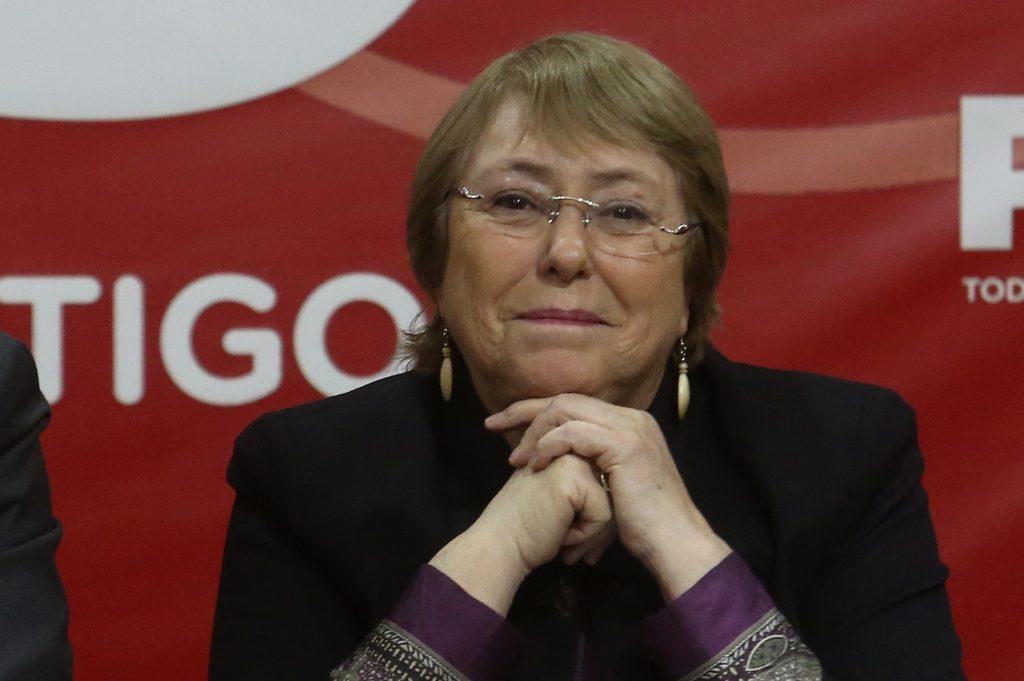 """Michelle Bachelet: """"De los 12 países que mejor han manejado la pandemia, nueve son liderados por mujeres"""""""