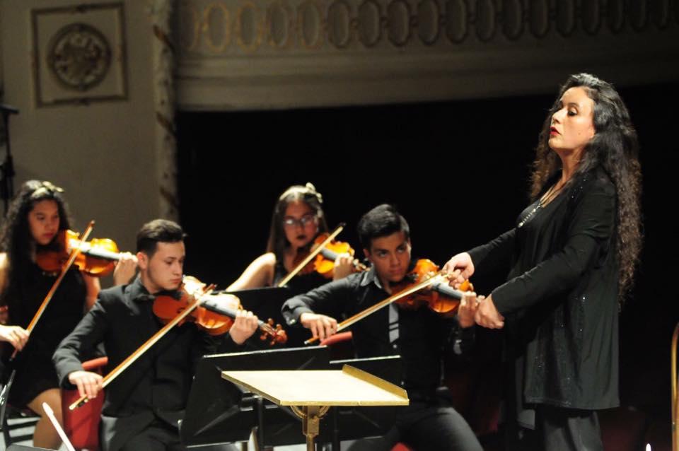 Porque las directoras de orquesta también existen