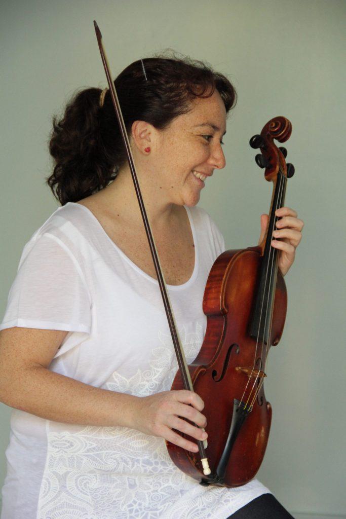 """Carolina Muñoz, de Musicoterapia de la U. de Chile: """"Nuestro espacio formativo es abierto, diverso y justamente se nutre del intercambio multidisciplinar"""""""