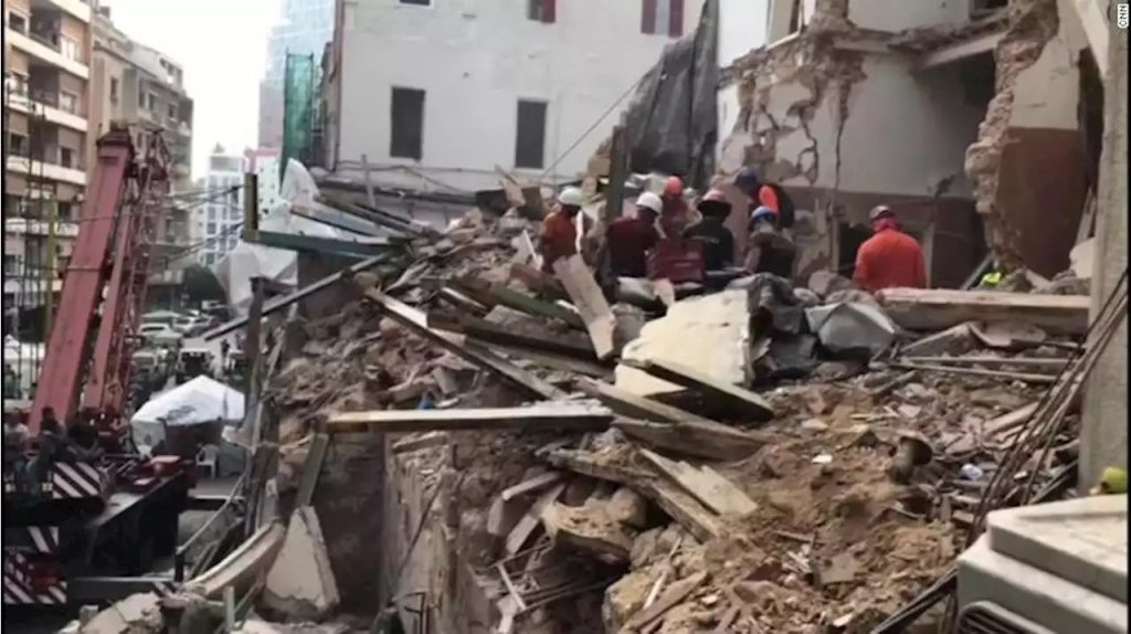 Malas noticias: 'Topos Chile' descarta presencia de sobreviviente en edificio destruido de Beirut