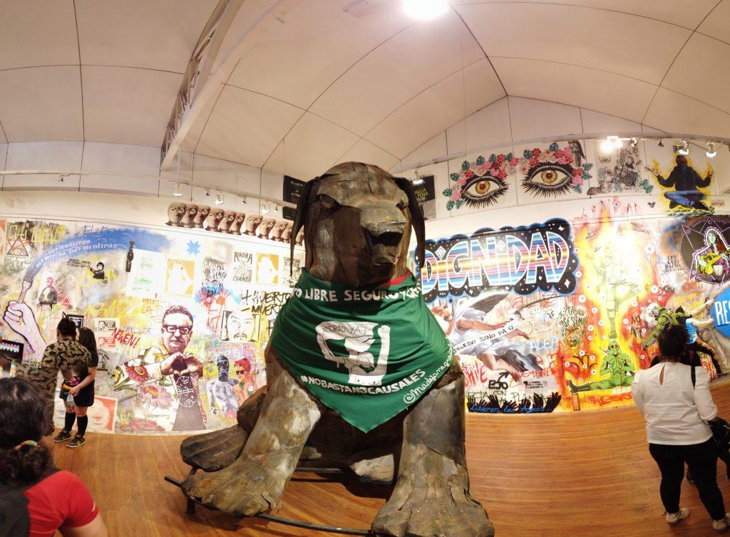 Entre manifestaciones y arte de la revuelta: Así se inauguró el Museo del Estallido Social