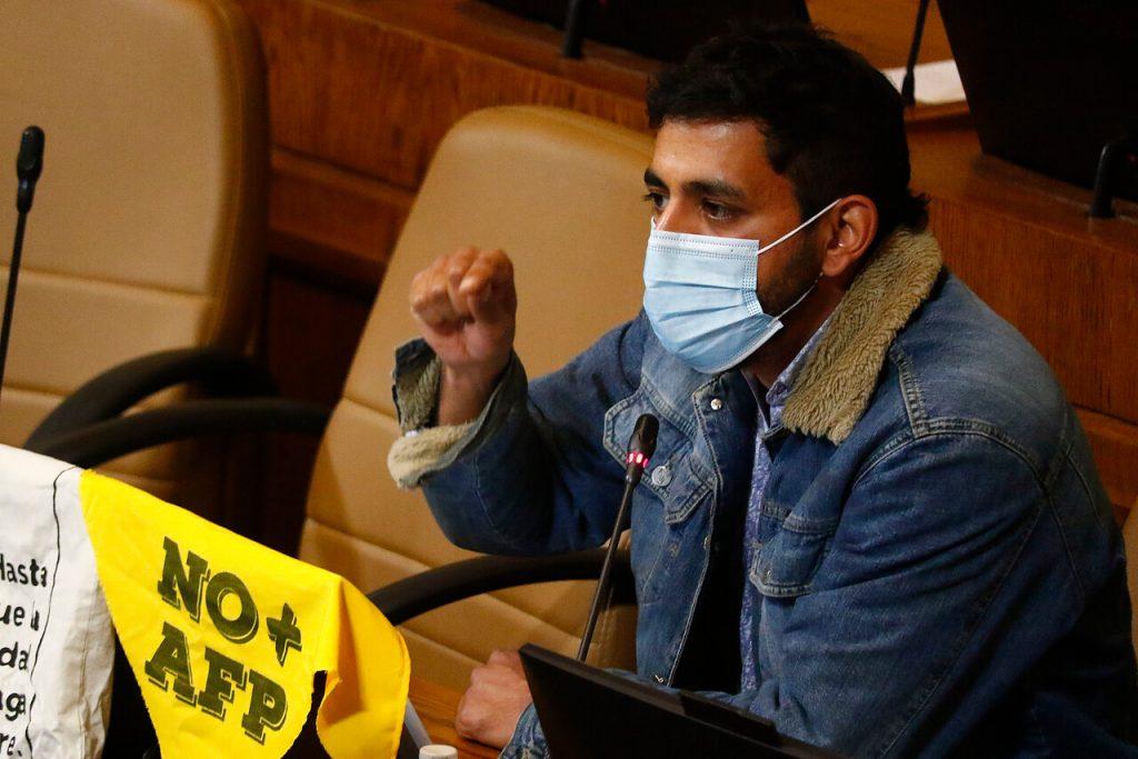 """Jorge Brito y proyecto que obliga a condenar la violencia política: """"Debemos condenar también la estructural, económica y policial"""""""