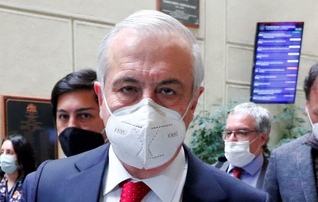 Tras solicitud de la defensa, tribunal cita a declarar a Mañalich el 11 de noviembre