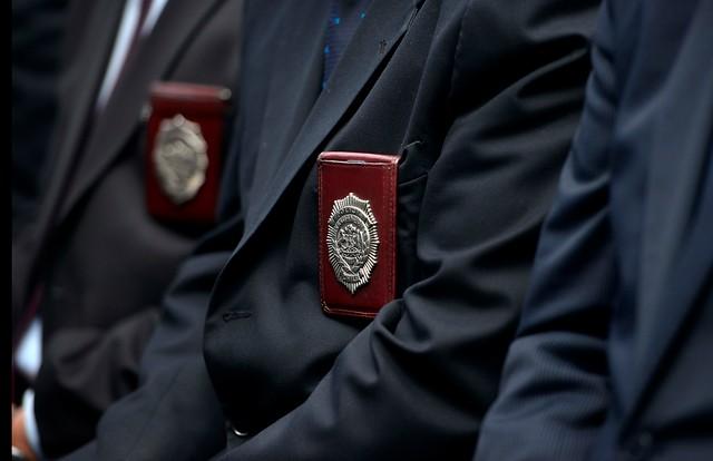 Detienen a tres funcionarios de la PDI por sustraer dinero recuperado de robo a un banco