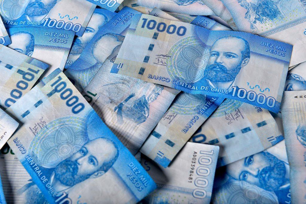 Súper ricos chilenos aumentan su fortuna en más de 70%: Familia Luksic y Ponce Lerou doblan su riqueza y Piñera crece en 300 millones de dólares