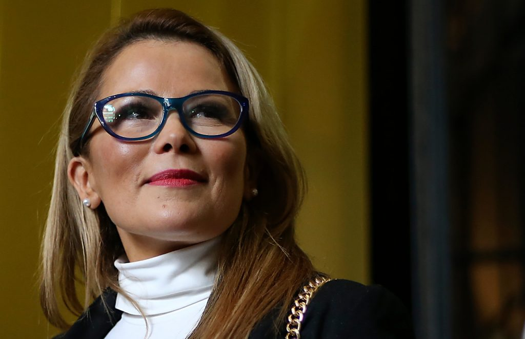 Contraloría ordena a Maipú devolver millonario monto por viaje a ver ballet encabezado por Cathy Barriga