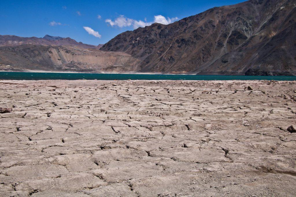 Ministerio de OO. PP. y del Agua: Expertos cuestionan decisión de dejar la gestión hídrica del país en manos del MOP