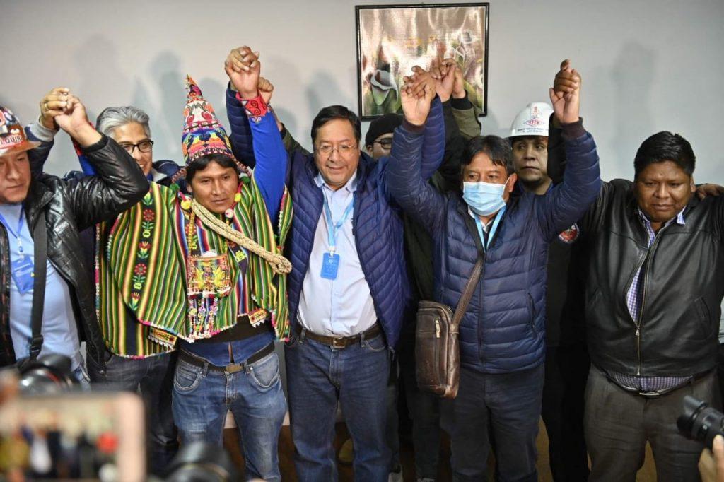 Bolivia: Luis Arce, candidato del MAS, celebra triunfo en presidenciales a la espera de resultados oficiales