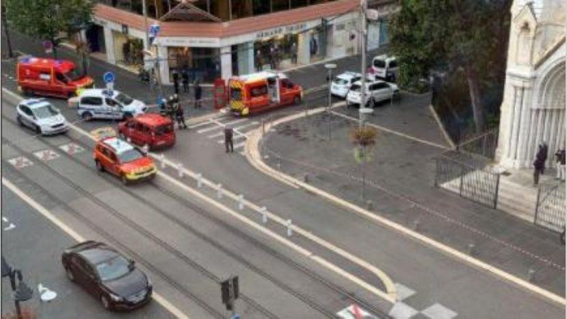 Atentado terrorista en iglesia de Niza deja tres muertos: Autor gritaba consignas religiosas