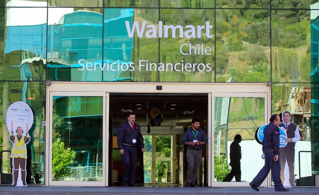 Abuso de posición dominante: Grandes proveedores interponen demanda contra Walmart