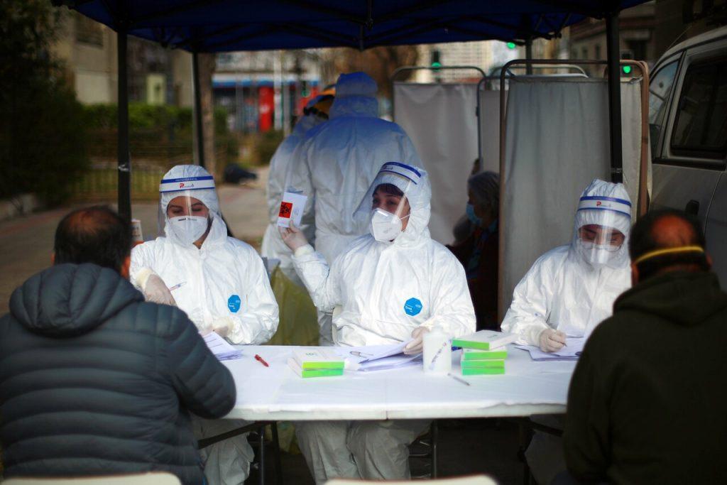 Coronavirus: Estudio apunta a que en Chile la trazabilidad sigue siendo insuficiente en medio de incremento de índices