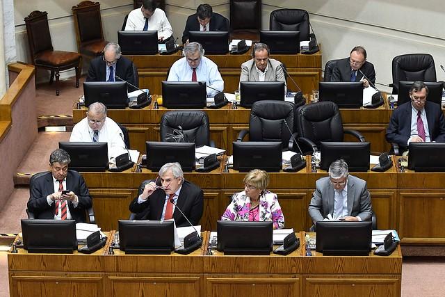 Senadores de Chile Vamos condicionan apoyo al proyecto de retiro del 10% del gobierno