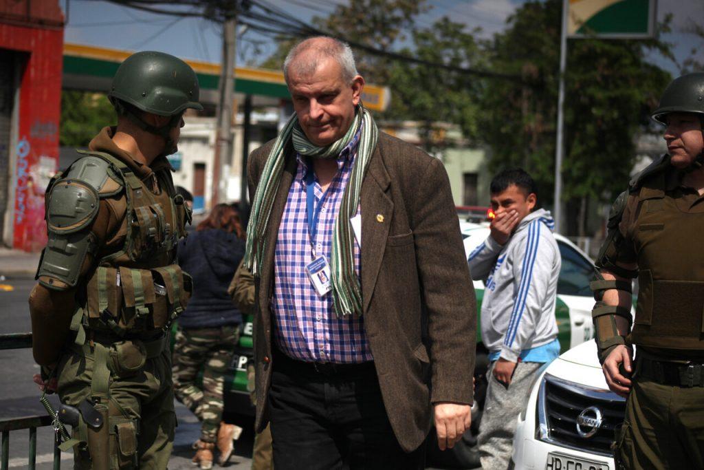 """Fiscal Armendáriz por Carabineros: """"No podemos aceptar que una institución tenga un espíritu corporativo para encubrir delincuentes"""""""