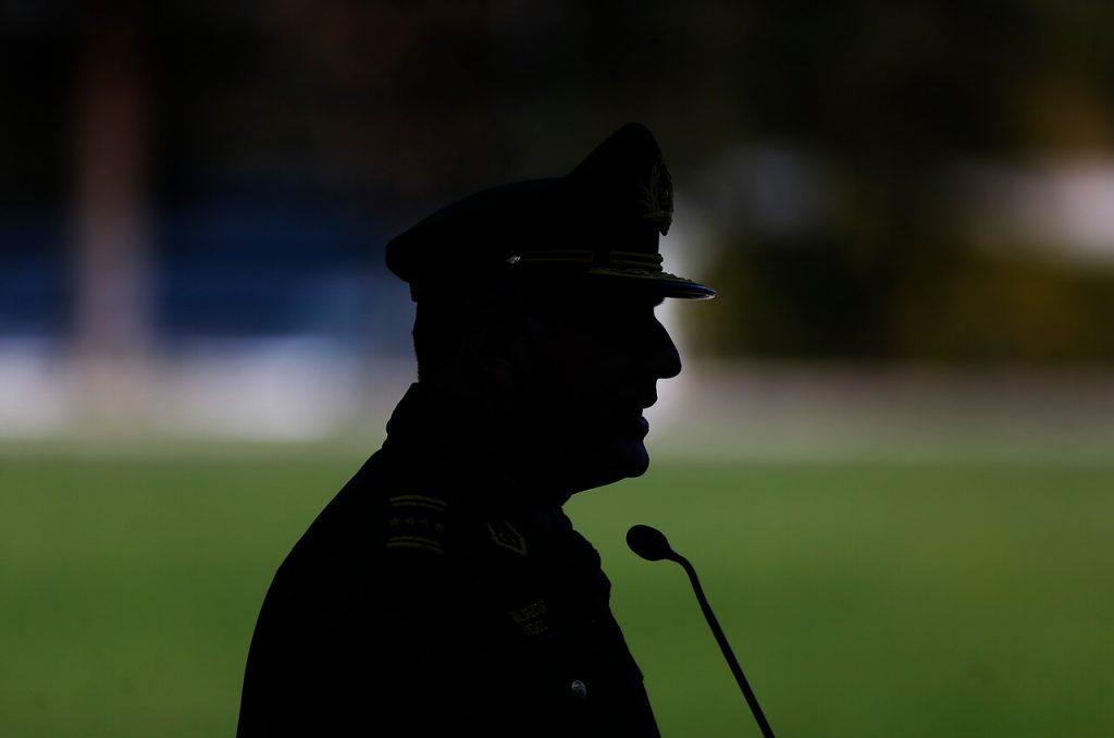 Primera condena por violaciones a los DD.HH. cometidas en el 18-O deja a capitán (r) de Carabineros en libertad vigiliada
